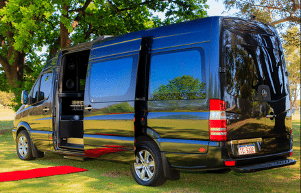 Perth Limousine Services for wine tours, hens night, wedding parties